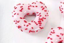Donuts / by Carolina Taniguchi