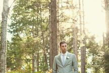 Mumma's Wedding Day / A small, rustic Mont Tremblant, QC, lake side fall wedding.