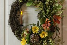 Spring Wreaths / by Sue Bevins
