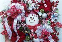 CHRISTMASTIME / by Lori Williams