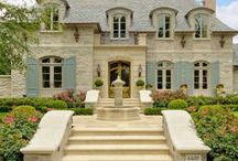 ❤~❥❤~❥ French Decor Love: Country, Provençal, Chateau and Parisian❤~❥ / I love all types of French Décor.  I love it all.