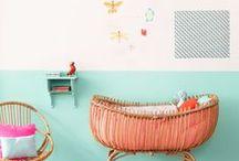 Dans la chambre de bébé / Plein d'inspirations pour décorer la chambre de votre bébé