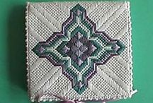 Free Needlepoint Projects from others / free needlepoint projects for all kinds of stitchers from teachers, organizations, designers, stitchers, and thread makers.
