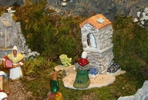 Santons / Santons are the creches, nativities, of Southern France. Very elaborate, they have scenes of village life in them.