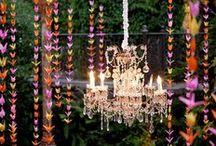 Chandelier Wedding Decor / Chandeliers create an instant wow factor and look great for indoor and outdoor weddings