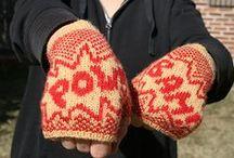 Knitting Socks & Mitts