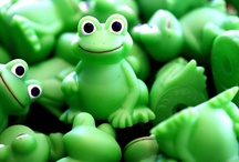 Cute Little: Froggies :-)  / by Carol Thompson