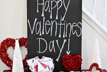 Valentine's Day / Valentine's Day day decorations, games, food and favors. Also jewelry, bags and accessories to wear on Valentine's Day.