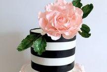 Let them eat CAKE! / by Vanessa Medina Vargas