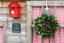 Christmas Garden and Shed Decorating Ideas / Don't forget about your garden when doing your Christmas decorating this year. Here is our collection of ideas for decorating your shed, summerhouse, or log cabin and your garden this Christmas!