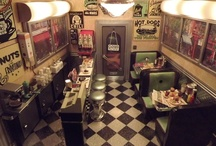 Miniature diners / dollhouse diners