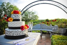 Wedding Cakes / by Villa de Amore California Weddings
