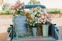 Farm stand and display ideas / Display ideas for my farm stand. @cottageroadsidestand Follow the dream at http://Lifeatcoralcottage.com