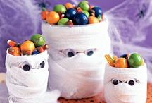 Halloween / by Annette Alva