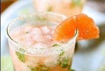 Drinks / by Lorena Lee