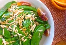 Snap Peas & Snow Peas / Find tasty recipes using Sugar Snap Peas and Snow Peas.