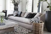 Be Basic / Less is more in dit wonderschone basic interieur. Een oase van rust en een pure eenvoud in vormgeving, kleur en materiaal. Een tijdloze woontrend waarin iedereen zich thuis voelt.
