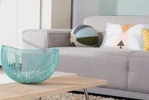 Stijl Studio: Design / vtwonen Stijl Studio 'Design' bewijst dat deze stijl zeker niet kil en koud is. De zachte pastelkleuren in combinatie met het blanke hout en warme materialen, maken het geheel vriendelijk met een Scandinavische touch. De vormgeving is organisch, comfortabel en doordacht. Door de mix van verschillende meubels en materialen, creëer je een toegankelijke en persoonlijke stijl.