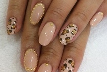 Cool ideas for my nails / by Jaleesa Lewis