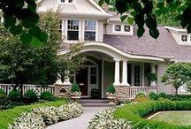 Houses I Love --Exteriors, Floor Plans / by Melissa Schiek