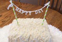 Cakes&Cupcakes! / by Stephanie Hernandez Malone