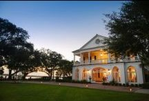 Lowndes Grove Plantation / Surrounded by 14 acres of live oak groves and peaceful river views, downtown Charleston's last great waterfront estate has enchanted visitors to this idyllic setting for more than four centuries.