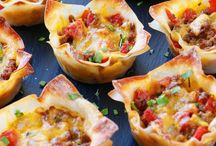 APPETIZERS & PARTY FOOD / Everything you need to plan your next party menu!