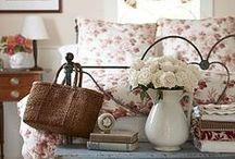 HOME DECOR    COTTAGE STYLE / Cottage Style Decorating