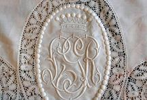 Monograms, linens and calligraphy / by Maria Roca