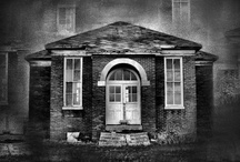 Haunted houses / A collection of haunted houses and places ... Grrrr...
