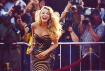 | red carpet | / Celebrities + red carpet looks / by Lucia Carr