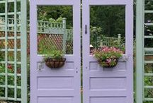 Garden Gates / by Evelyn Vincent