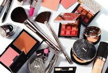 mark. By Avon / Introducing the new mark. By Avon makeup collection. Push your beauty boundaries with customizable palettes and bold new lipstick shades.