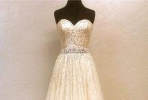 Weddings| Dresses / by Sarah Belle