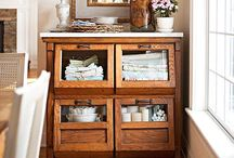 Smart Storage and Organization / Clever ways to organize your home, life, and all its stuff!
