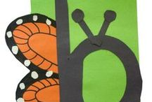 Letter of the Week Crafts / ♪♫•*¨*•.¸¸♫♪ Now I know my ABC's ♪♫•*¨*•.¸¸♫♪   Alphabet Crafts, Activities, & Food Ideas - Letter of the Week themes, Handprint Alphabet Ideas