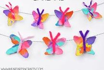 ☂ Springtime Fun! Kids Crafts / Spring crafts for kids: handprint art, butterfly, rain, & flower crafts, rainbow art projects, + more!