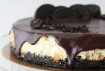 Desserts / by Monica Martinez Torroella