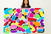 Petite Picassos / Teaching kids about famous artists, learning about art through the different techniques they used, and creating their own artwork