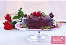 Torty / Pyszne torty urodzinowe i okolicznościowe - przepisy z filmami wideo krok po kroku.  http://pozytywnakuchnia.pl/pomysl-na/tort/
