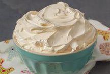 Sweet Recipes: Bases, rellenos y coberturas. / by Olga Ribes.