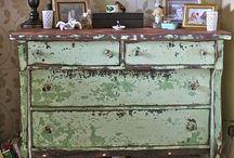 Dresser/ Dressing table