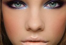 make up world