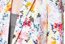 Fashion- Flower Power / by Diana Kn