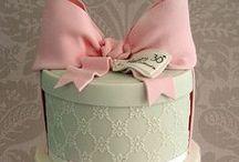 Sassii cakes / Cake Ideas  / by Negar Tafreshi