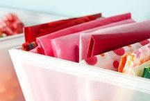 Organize It / Learn how to organize your home and beautify your space with this amazing collection of organizing ideas. These organizing tips and resources are essential to organizing small spaces, conquering paper clutter, meal planning, and more!