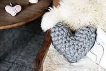 [ crochet hearts ] / Free patterns and inspirational pictures of crochet hearts