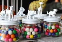 Kids' party favors