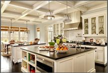 Kitchen / by Phillippa Farrell