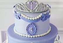 c a k e . c r u s h  / Cakes that inspire me..... Yummy too!!! / by Lisa-Marie Wells | Gracie Blue ~ the blog